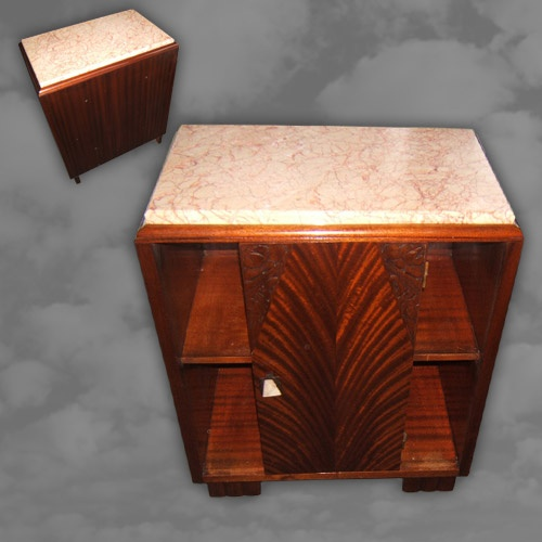 A quality Art Deco side cabinet in mahogany
