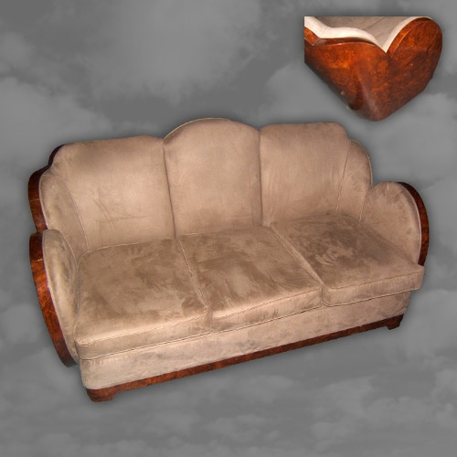 "ENGLISH : Superb quality ""cloud"" shaped settee"