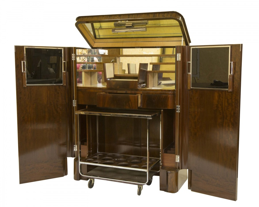 Unique Cocktail Cabinet with Removable Trolley