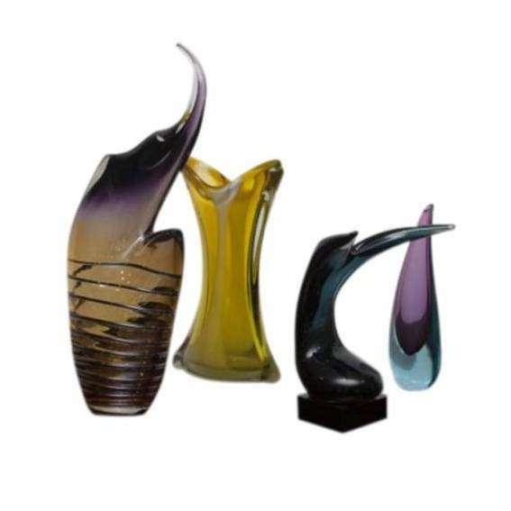 Good Selection of Vintage Art Glass