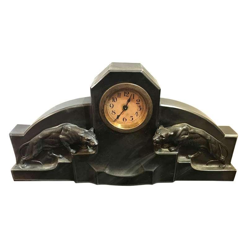 Cool Deco Clock Sky Scraper Design