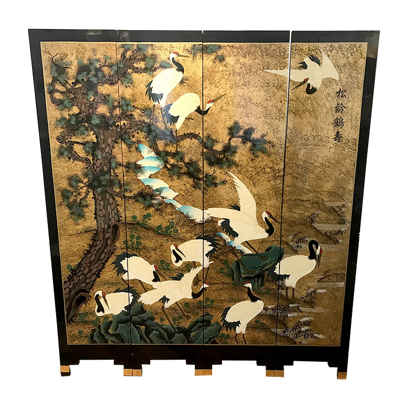 VERY STYLISH LACQUERED SCREEN
