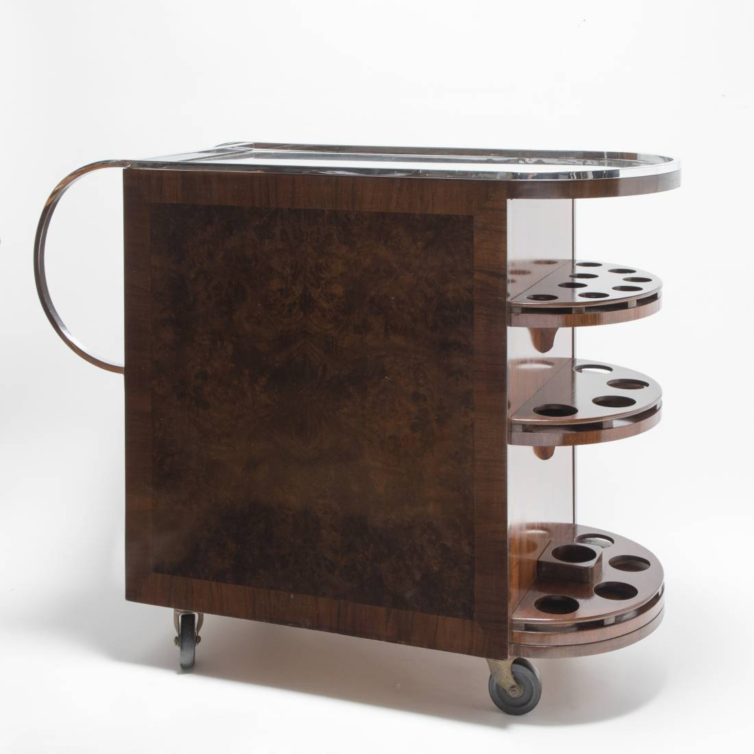 A FUNKY TROLLEY WITH REVOLVING FRONT