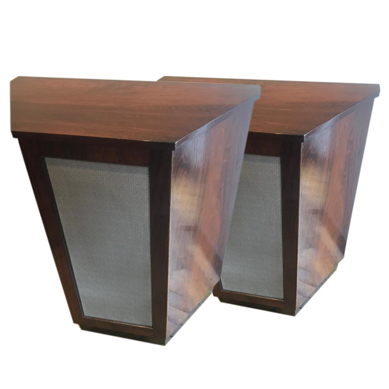 A SMART PAIR OF ROSEWOOD SIDE CABINETS