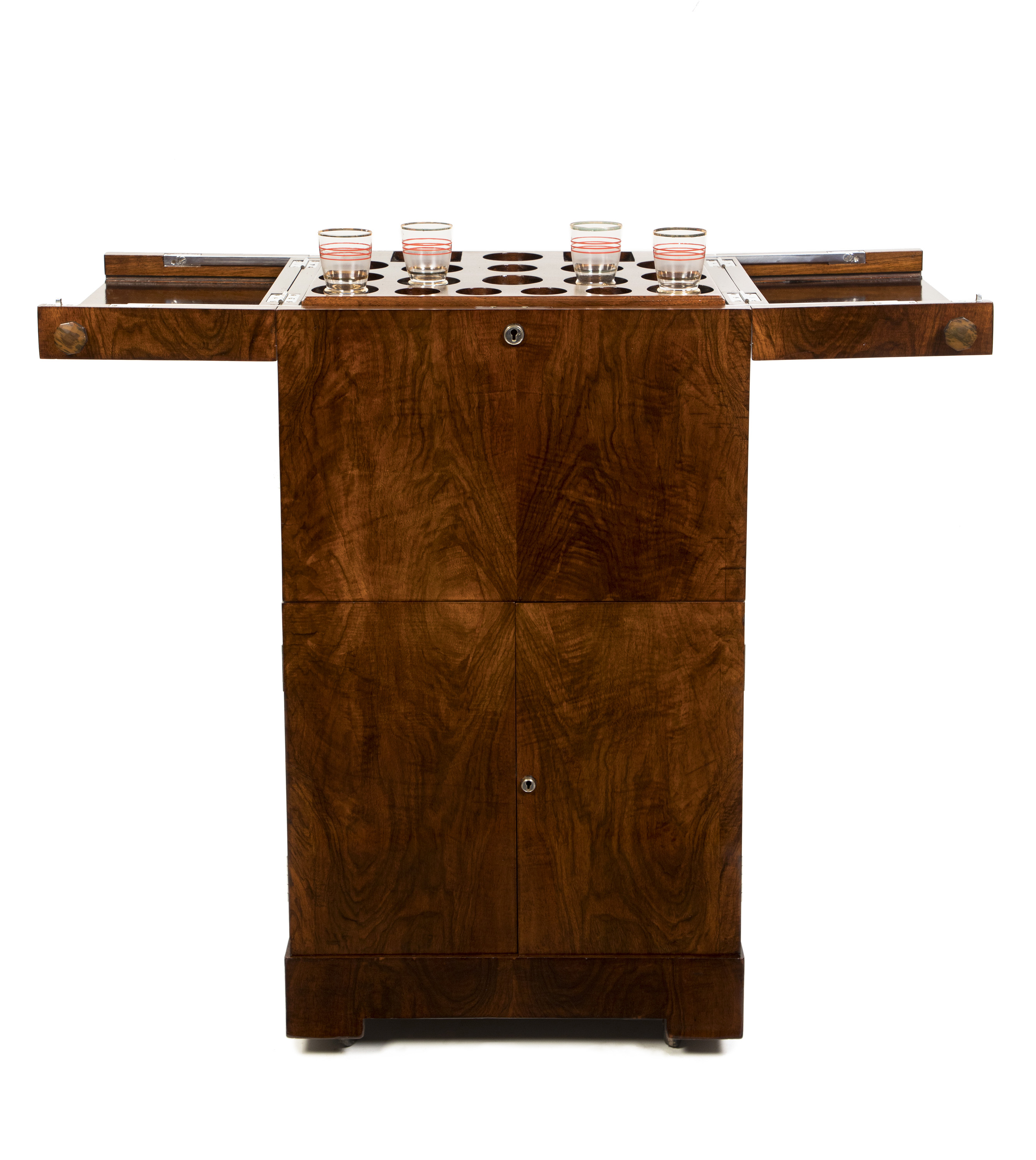 VERY SMART METAMORPHIC COCKTAIL CABINET